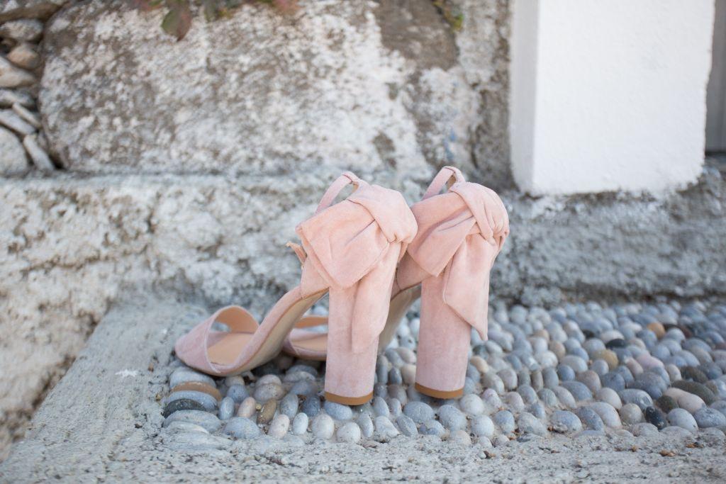 dugun-gelin-gelinlik-ayakkabi-jabotter