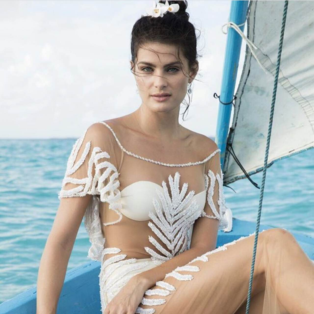 isabeli-fontana-wedding-dress