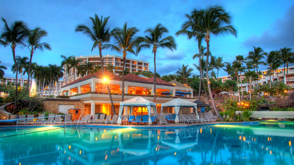 grand-wailea-a-waldorf-astoria-resort-maui-balayi-oteli-hawaii